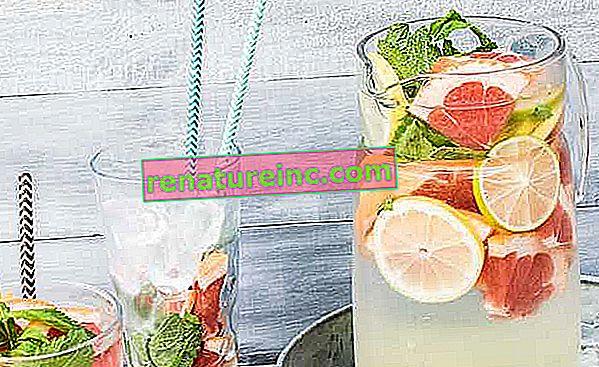 Ароматизирана вода: как да се направи, рецепти и ползи