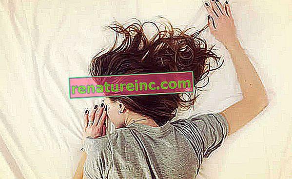 Безсъние: какво е това, чайове, лекарства, причини и как да се прекрати безсънието