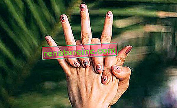 Comment enlever le vernis à ongles sans acétone